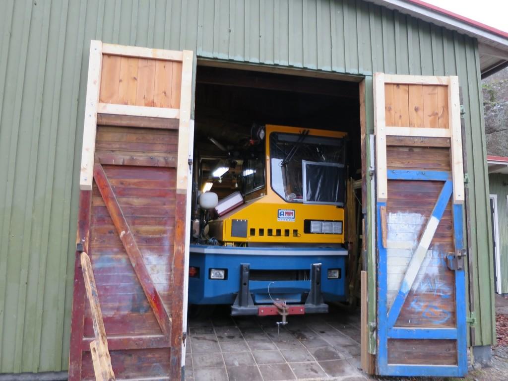 Traktorn i Roddarskjulet